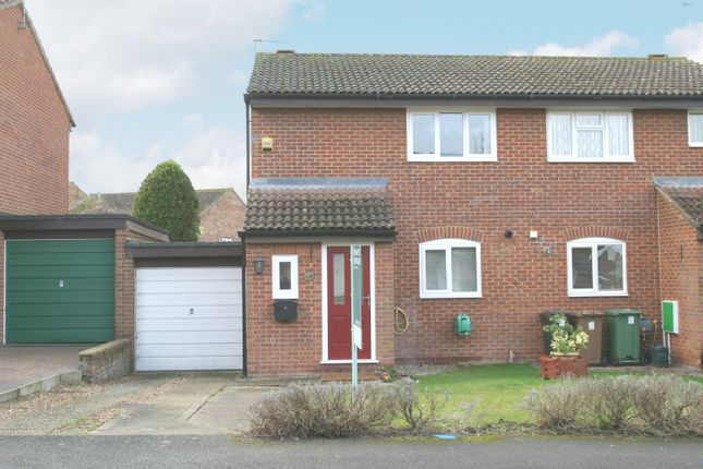 Thumbnail Detached house to rent in Wentworth Road, Thame, Oxfordshire