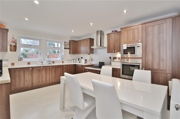 Thumbnail Property for sale in Liverpool Road, Preston