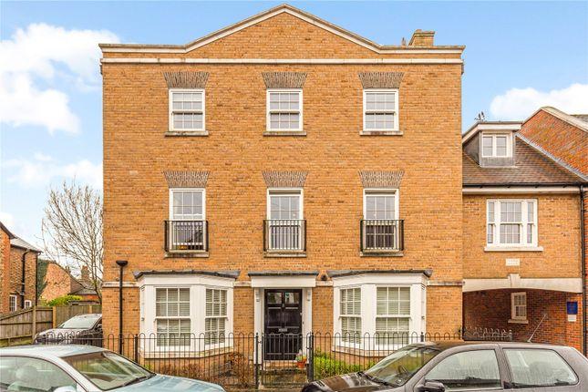1 bed flat for sale in Blue Dragon Yard, Beaconsfield, Buckinghamshire HP9