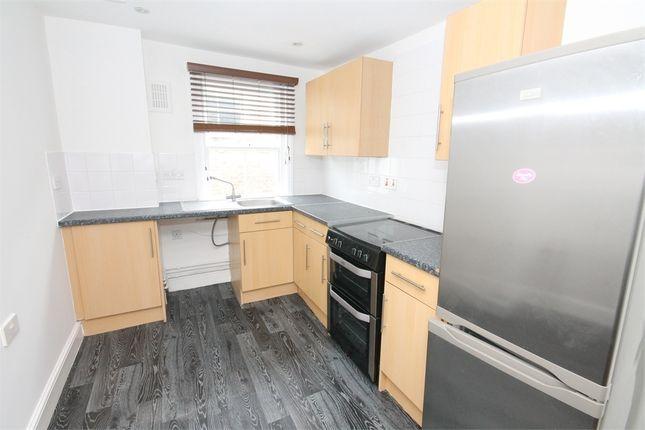 Thumbnail Flat to rent in 12-16 High Street, Chislehurst, Kent