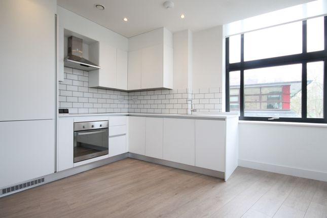 Thumbnail Flat to rent in Cambridge House, Mayes Road, Haringay