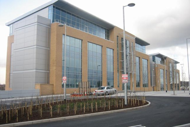 Office to let in Baltic Business Quarter, Gateshead
