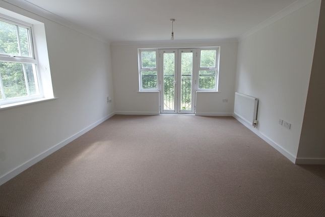2 bed flat to rent in Brooklands, Bolnore Village, Haywards Heath RH16