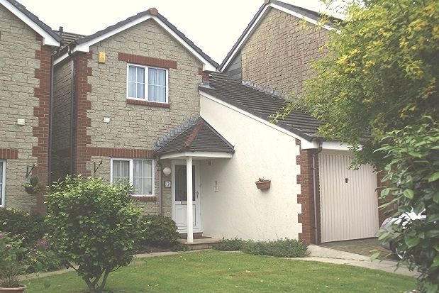 Thumbnail Property to rent in Tollgate Close, Liskeard