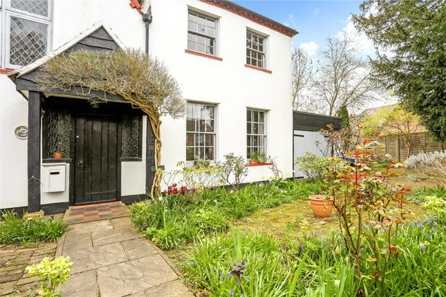 Thumbnail Property for sale in St. Andrews Close, Wraysbury, Berkshire