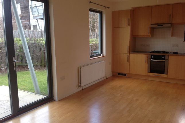 Thumbnail Flat to rent in Marigold Avenue, Gateshead