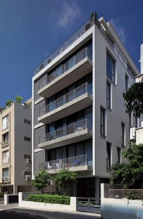 Thumbnail Duplex for sale in `Luxury Duplex Roof Appaartment In Tel Aviv Center, Maharal Street, Israel