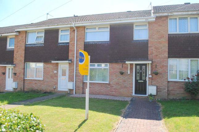 Thumbnail Terraced house to rent in Grangeway, Rushden