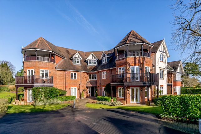 Thumbnail Flat for sale in Heritage Gate, 36 North Park, Gerrards Cross, Buckinghamshire