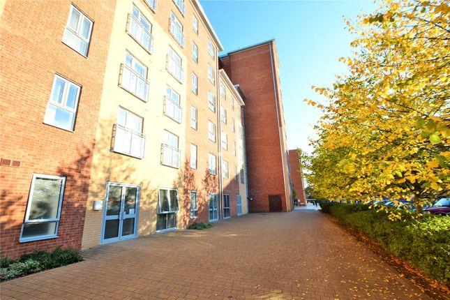 Thumbnail Flat to rent in Lansdowne House, Moulsford Mews, Reading, Berkshire