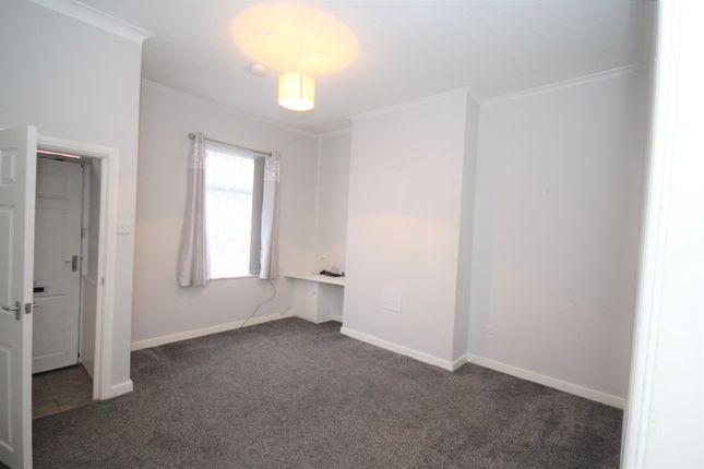 3 bed terraced house to rent in Flett Street, Preston, Lancashire PR2