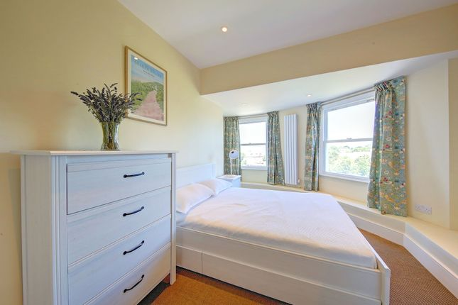 Bedroom 2 of West Grove, Greenwich SE10
