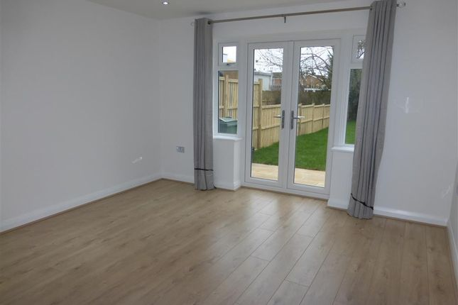Thumbnail Terraced house to rent in Station Road, Balsall Common, Coventry