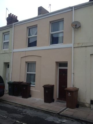 Thumbnail Town house to rent in Essex Street, Near Babbage, Plymouth
