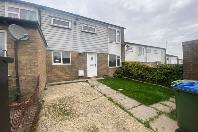 3 bed property to rent in Bonchurch Close, Southampton SO16