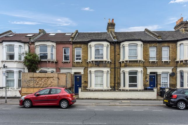 Thumbnail Flat to rent in Haydon's Road, Wimbledon