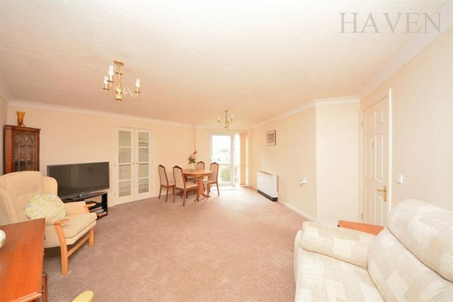 Thumbnail Property for sale in Mulberry Court, Bedford Road, East Finchley, London