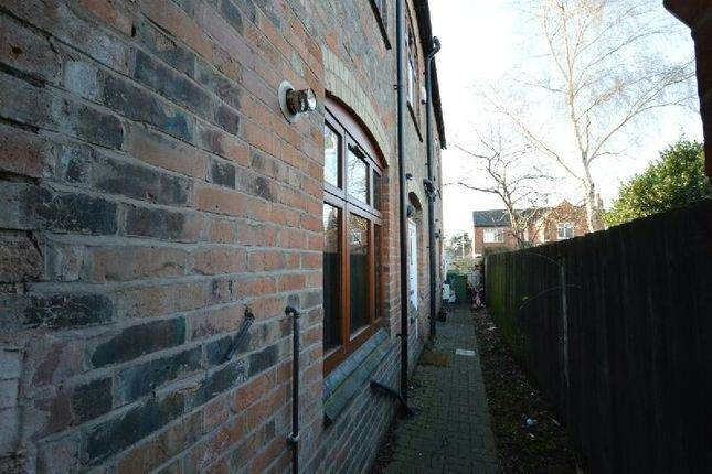 2 bed semi-detached house to rent in James Street, Blaby, Leicester LE8