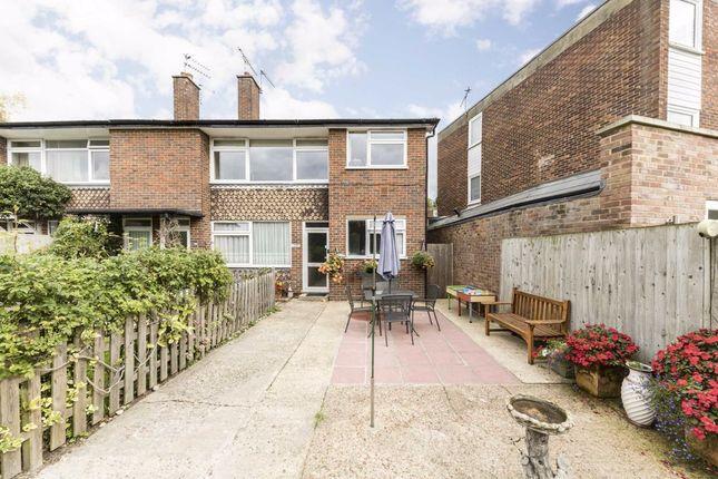 3 bed flat for sale in Stanley Road, Twickenham TW2