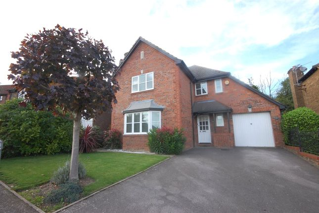 Thumbnail Detached house for sale in Hillcrest View, Basildon, Essex