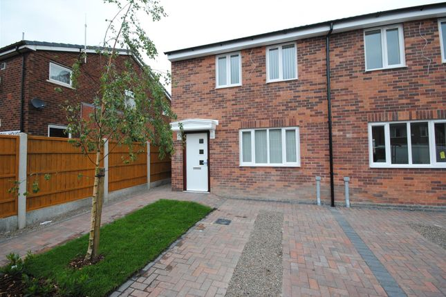 3 bed semi-detached house to rent in Kendal Road, Ince, Wigan WN2