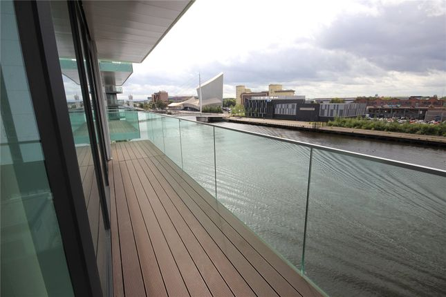 Picture No. 13 of Blue, Media City Uk, Salford M50