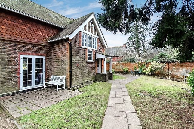 Thumbnail Property to rent in Stoneswood Road, Oxted
