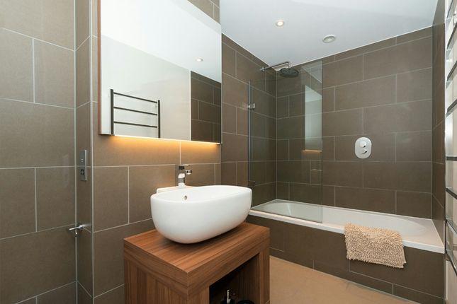 Bathroom of Crawford Building, Aldgate, London E1