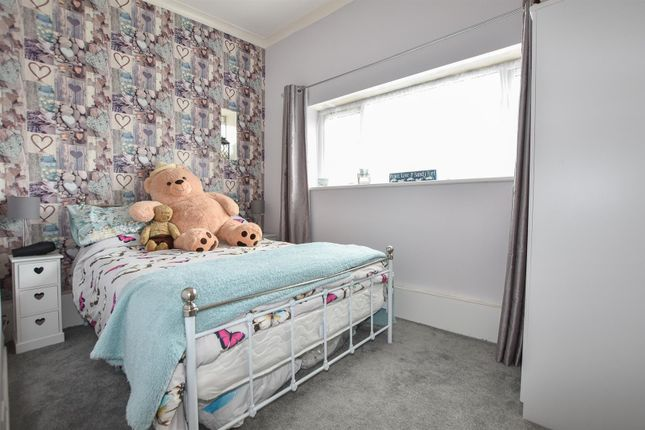 Bedroom of Maresfield Drive, Pevensey Bay, Pevensey BN24