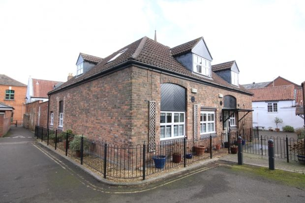 Thumbnail Flat for sale in Priory Court, Bridgwater