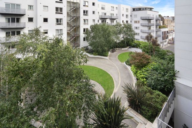 Communal Gardens of Hereford Road, Notting Hill W2