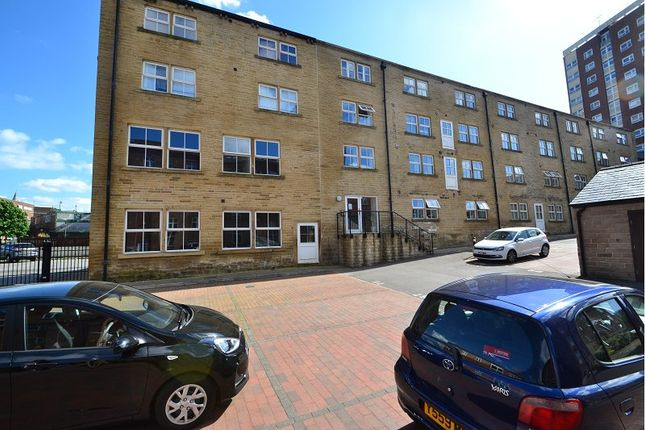 Homes to Let in Armley - Rent Property in Armley - Primelocation