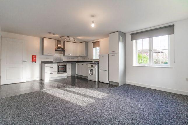 Thumbnail Flat for sale in Panyers Gardens, Dagenham