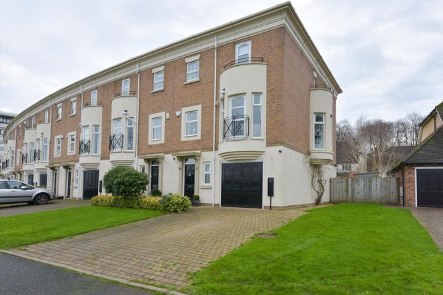 Thumbnail Terraced house for sale in Boundary Drive, Moseley, Birmingham, West Midlands B13.