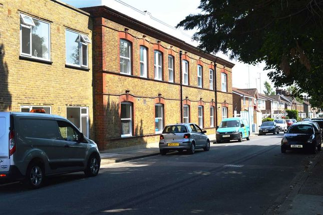 Thumbnail Flat to rent in Mill House, Priory Road, Dartford