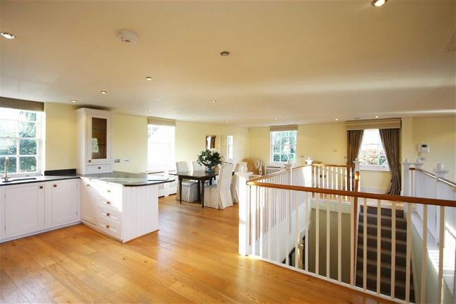 Thumbnail Property for sale in Convent Close, Hadley Common, Hertfordshire