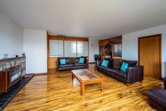 Thumbnail Town house for sale in Lowerhall Street, Montrose