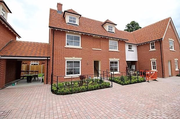 Thumbnail Link-detached house for sale in Dutch Court, Williams Walk, Colchester