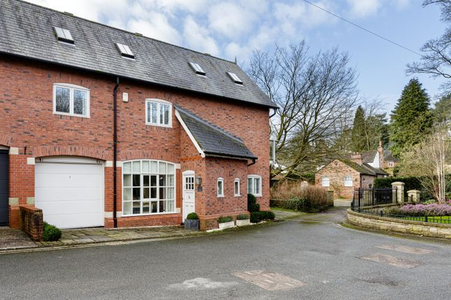 3 bed mews house for sale in Spencer Mews, Prestbury, Macclesfield SK10