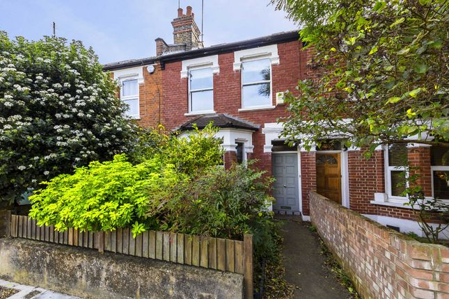 3 bed property for sale in Belsize Avenue, London