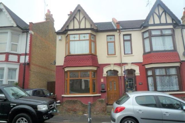Thumbnail Semi-detached house to rent in Hainault Avenue, Westcliff On Sea, Essex