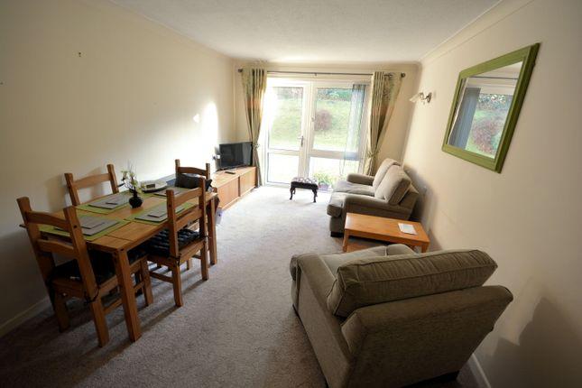 Lounge of Wentworth Drive, Broadstone BH18