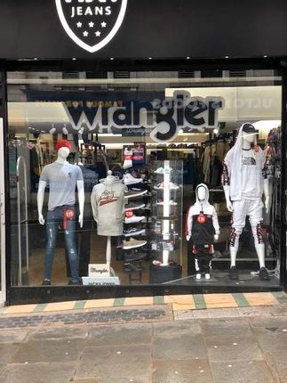 Retail premises for sale in King Street, Halifax