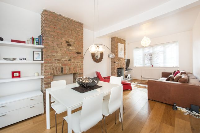 Thumbnail Property to rent in Hambro Road, London