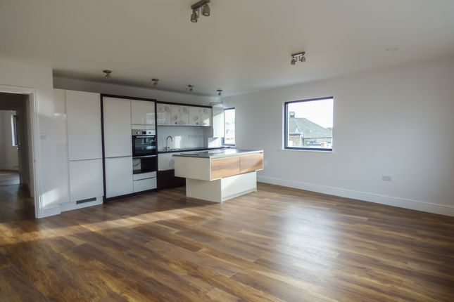 Thumbnail Flat for sale in Flat 7, 45 New Road, Gravesend