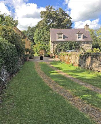 Drive To Cottage of Ty Fry, Rhoscefnhir, Rhoscefnhir LL75