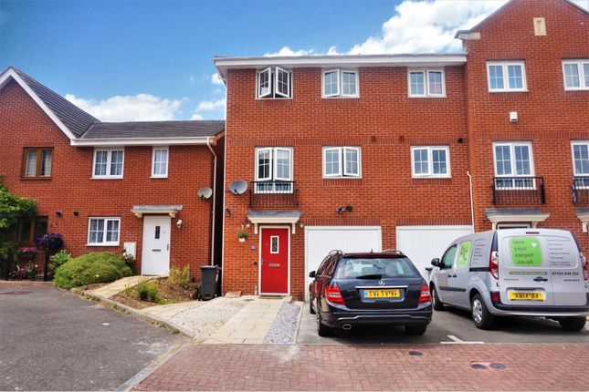 Thumbnail Town house for sale in Campion Gardens, Birmingham
