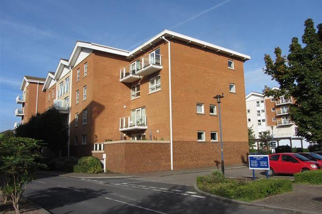 2 bedroom flat for sale in Chandlery Way, Cardiff