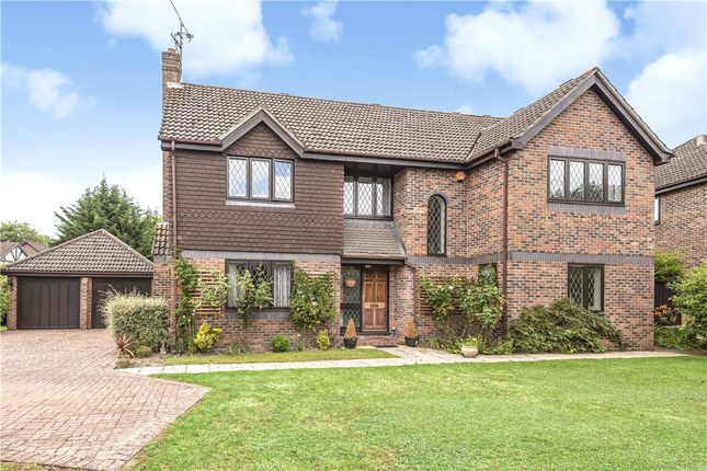 Thumbnail Detached house for sale in Hammond End, Farnham Common, Bucks.