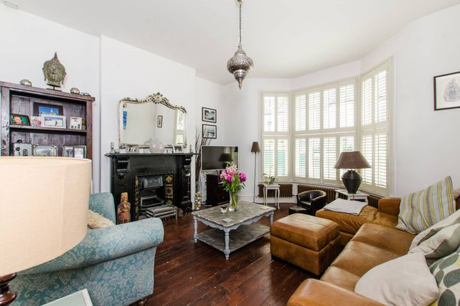 Thumbnail Property to rent in Foxbourne Road, Balham